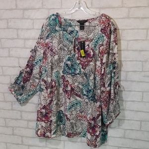 Investments floral split sleeve  blouse size 3X